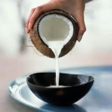 Web-CoconutMilkPour