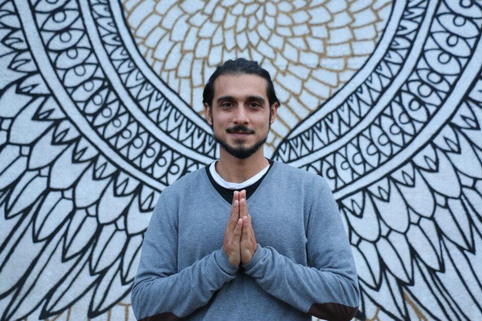 Zamir: Yoga & Kirtan Leader